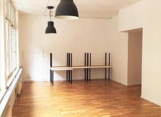 U-Bhf Schlesisches Tor: 100 2m Office to Rent