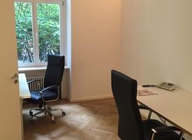 Berlin-Mitte: Schönes Büro, teilmöbliert, 17qm mit DSL