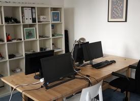 1-2 desks in a 100 m² office in Berlin Mitte