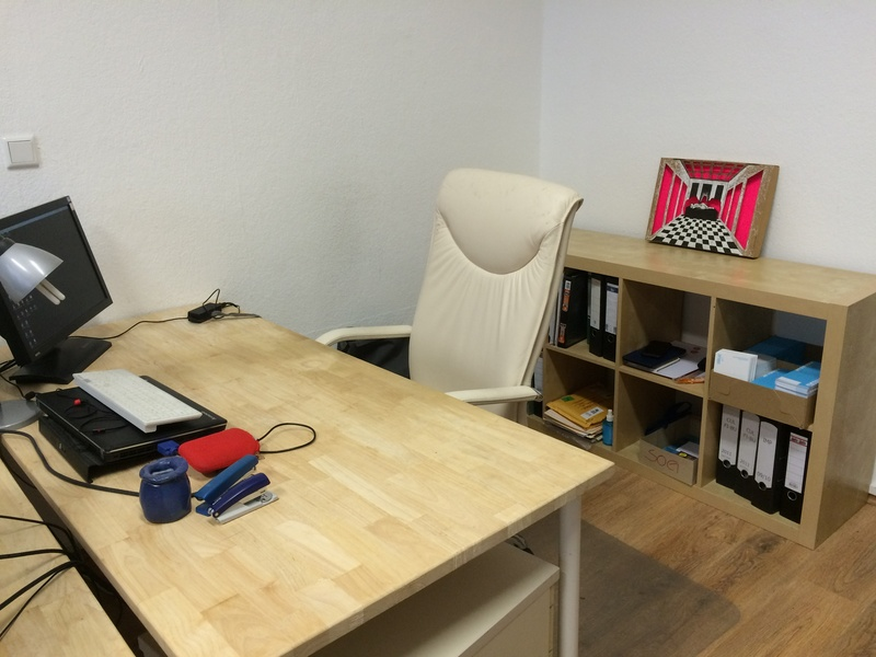 1 work space + conf. room in Office Share available May 1st