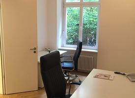 1-2 desks in a 80 m² office in Berlin Mitte