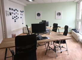 2 large Desks 200m from Rosenthaler Platz