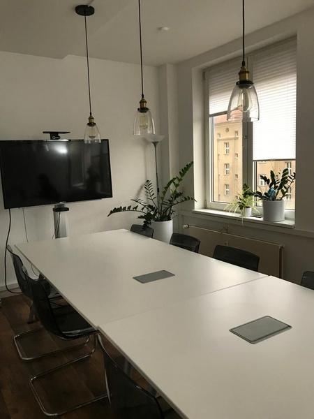 Berlin-Mitte! Spacious room (42 m²) in beautiful & modern office