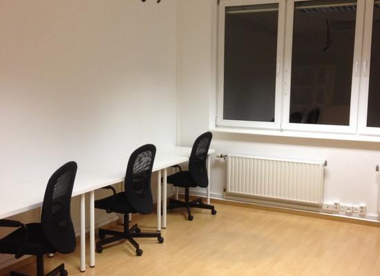 Schönes Büro an der Torstraße zur Untermiete – perfekt für Startups