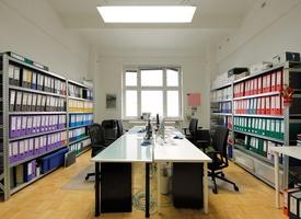 großer heller Büroraum in Kreuzberg