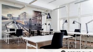 Fester Schreibtisch in schickem Coworking Space