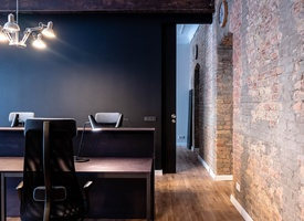 Quiet and efficient office for Team of 10-12 people in trendy Winskiez