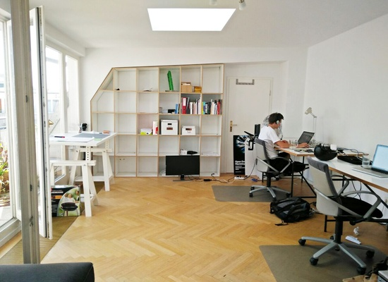 1 Table in our Office / Prenzlauer Berg