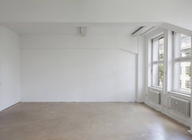 Several desks available in our 53m2 office space at Colonia Nova