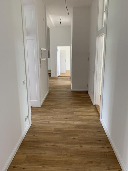 Ab 1 Zimmer: Sanierter Altbau / Erstbezug / Bürogemeinschaft