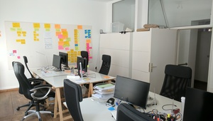 Outstanding office space in Mitte / Prenzlauer Berg (rooms & desks available)