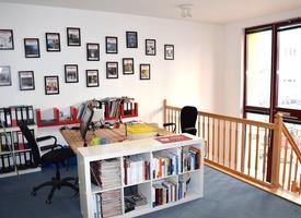 DESK: 1-3 desks in a 100 m² office in Berlin Mitte