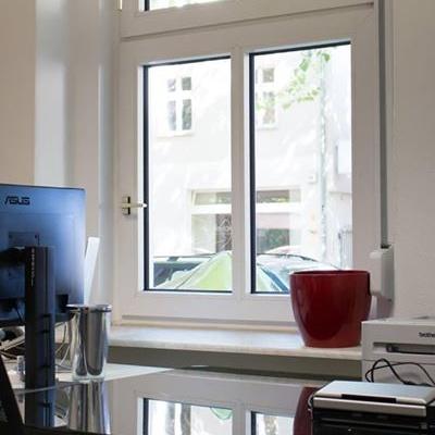 Arbeitsplatz in Bürogemeinschaft für 156 Euro