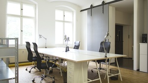 Freshly renovated + furnished office floor - all incl. - perfect for Startups!
