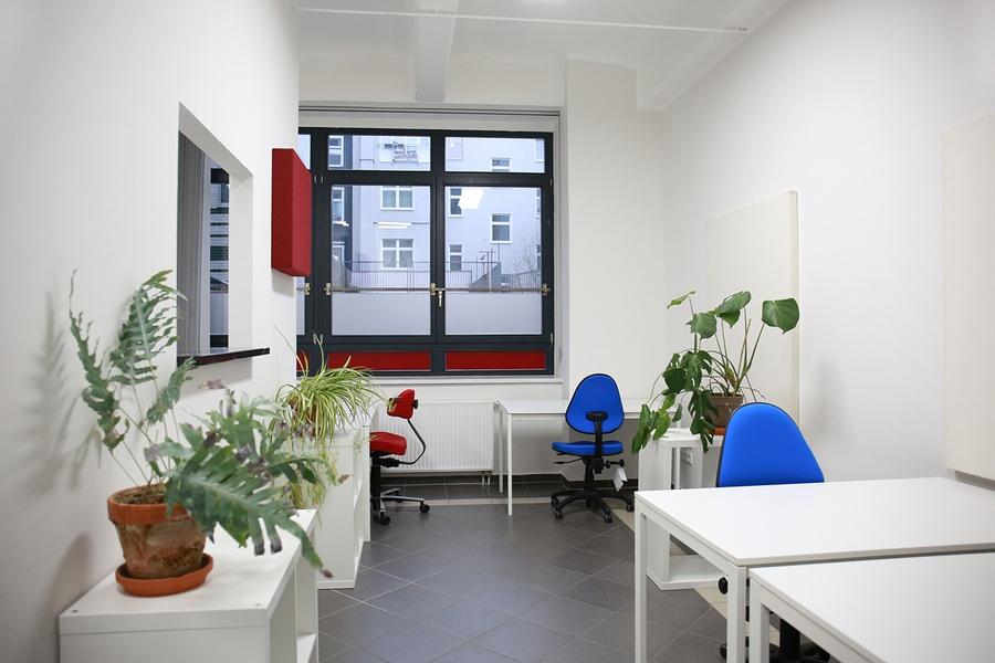 möblierter Büroraum ca. 35m² frei ab sofort
