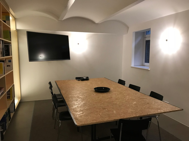 Private Office Space in Kruezberg with Shared Amenities