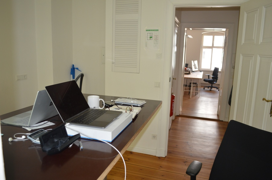 2 room office available in Mitte, with balcony