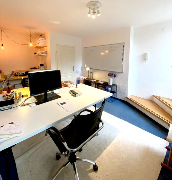 Nice Office (2-3 people) with Private Garden close to Rosenthaler Platz