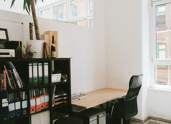 TeamOffice for 4-6 by skalitzer33 rent-a-desk
