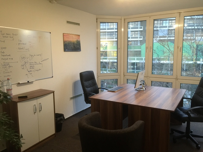 CoWorking Space - Desks - Office Bürogemeinschaft - Arbeitsplatz - Nähe Zoo - coworkingspace - Room - Raum