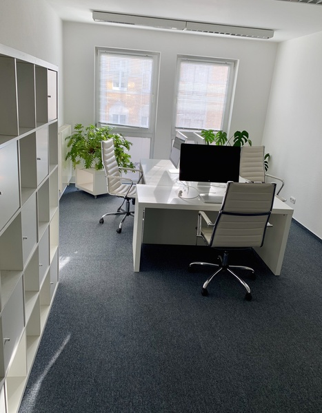 Office Sharing - room for rent