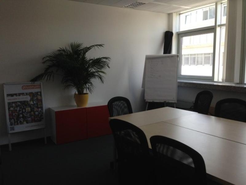 Büro über 205 qm an der Spree zu vermieten - Provisionsfrei - Nachmieter bis zum 31.05.2016