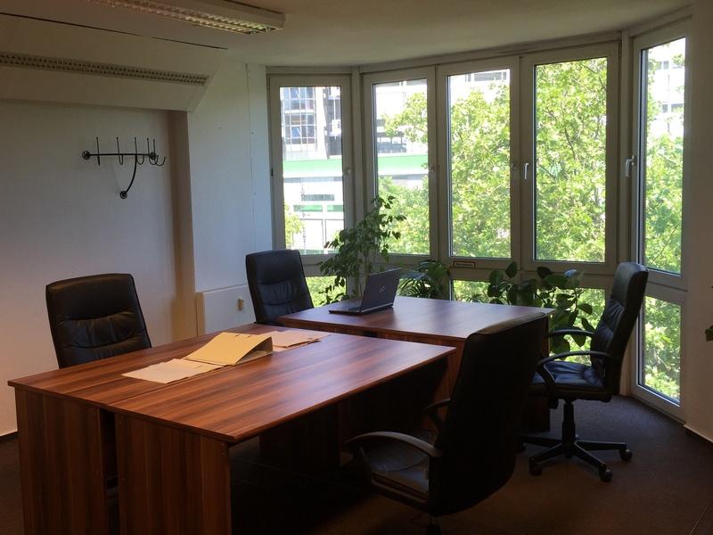 Bürogemeinschaft Berlin coworking space desks berlin startup offices