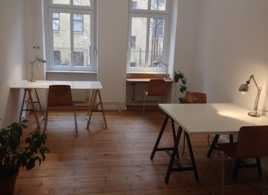 Desks and an individual room in bright and lovely studio space available for rent