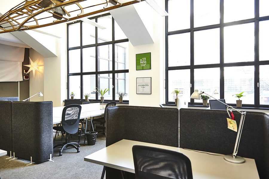 Privat Office 28 qm, Furnished & bright room for up to 5 people
