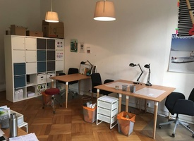 3 Arbeitsplätze im Gemeinschaftsbüro im Herzen von Kreuzberg