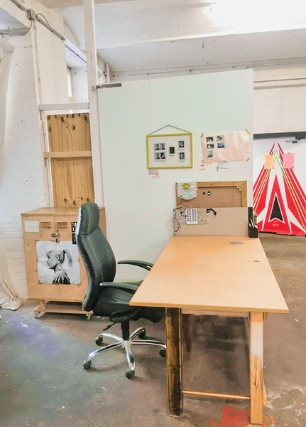 [For Designers] 🎨A studio space sublet from 17th November to 6th November 2019 + 2 months (optional)