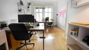Office / room for four people close by S-Bahn Schönhauser Allee