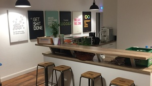 Spacious room in beautiful & modern office