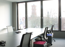 Office rooms in center of Mitte with view of Berlin's TV tower / 801EUR / Desk / Month