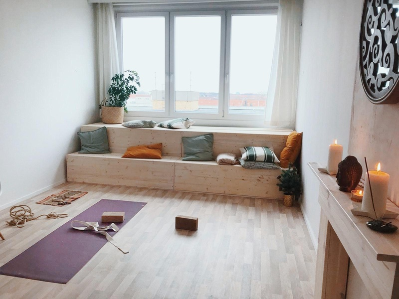 Office room with view over Berlin (Takeover - fully furnished!)