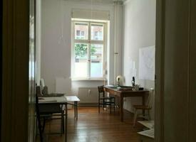 Schöner, heller Raum in Schöneberg