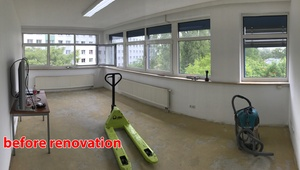 DESK: 1-4 desks in lively area (price for 1 desk)
