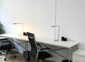 Modern Team Room for 3 People near Rosenthalerplatz