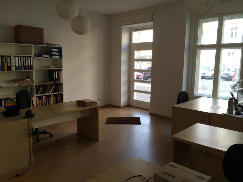 Desk in shared office in Prenzlberg